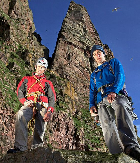Andy Turner And Dave MacLeod Climbing Adventure In UK