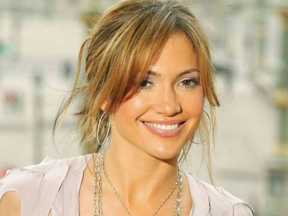 10-Most-Beautiful-Celebrity-Smiles