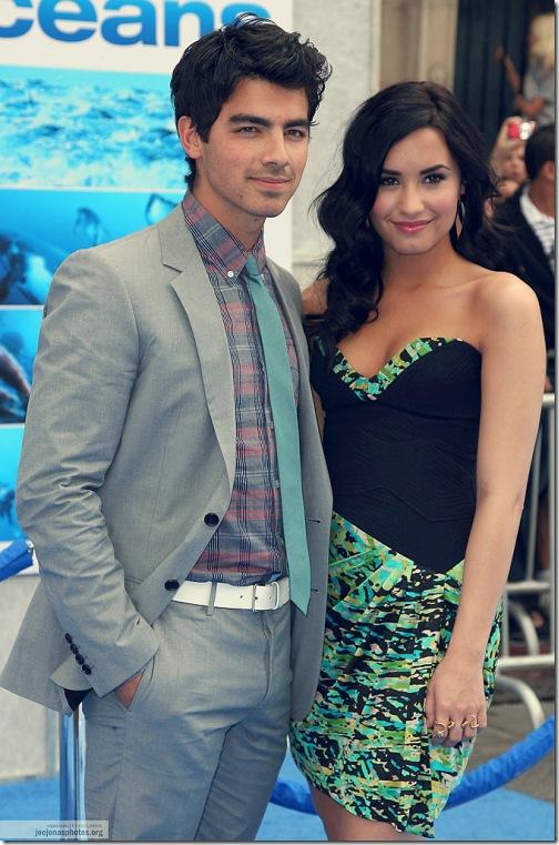 12-hottest-celebrity-couples