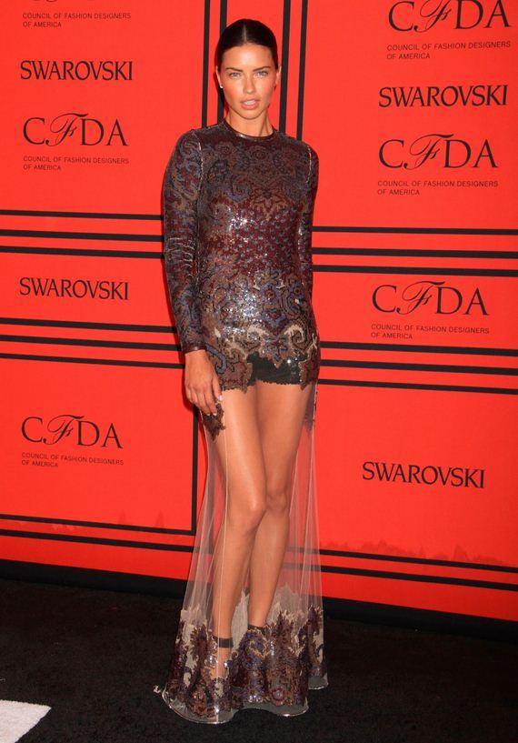 Adriana-Lima-2013-CFDA-Fashion