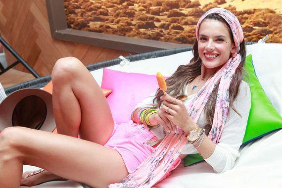 Alessandra-Ambrosio-at-Coachella