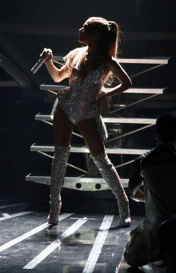 Ariana-Grande41-1