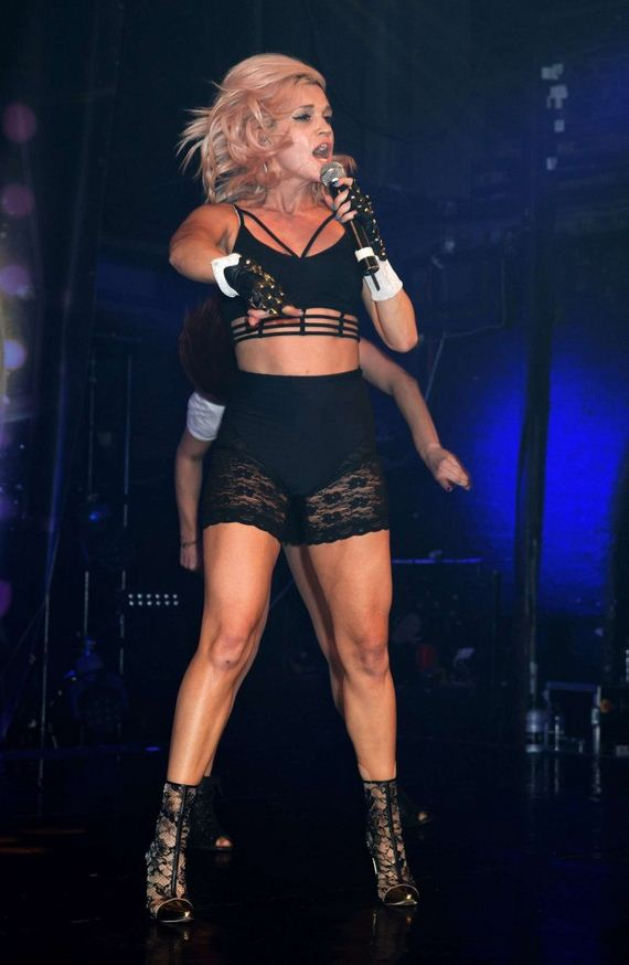 Ashley-Roberts -Performs-at-G-A-Y-1