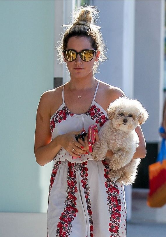 Ashley-Tisdale-out-and-about