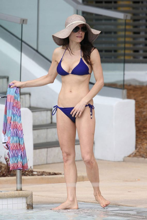 Bethenny-Frankel-in-Bikini