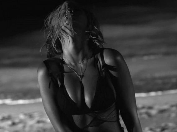 Beyonce -Bikini-in-Drunk-In-Love