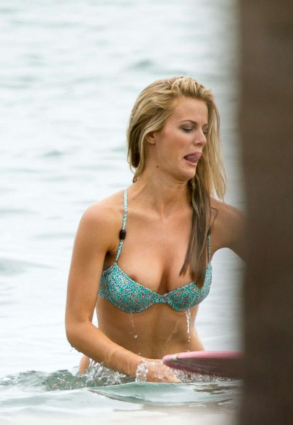 Brooklyn-Decker-Bikini-2013