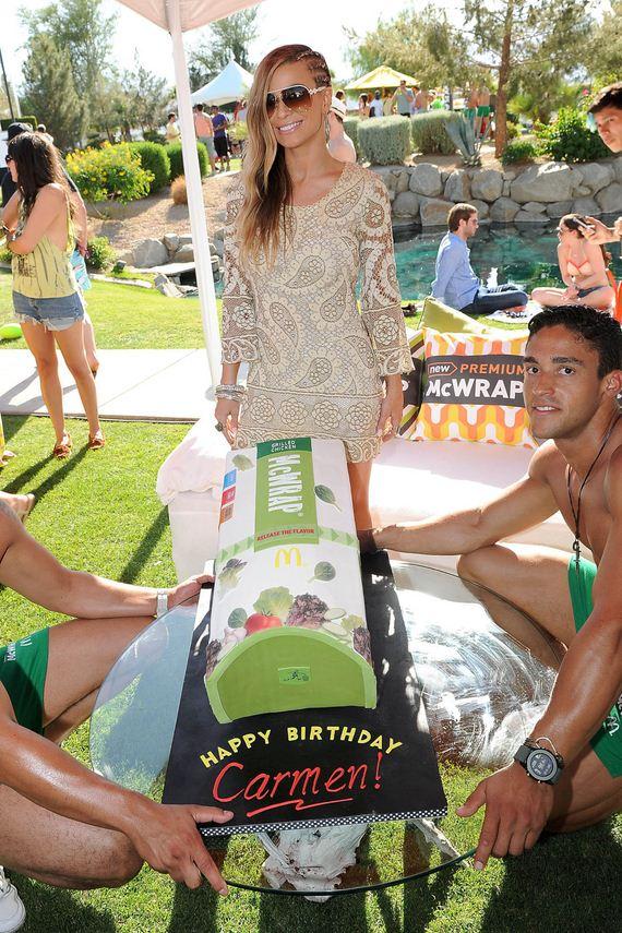 Carmen-Electra-Pool-Party