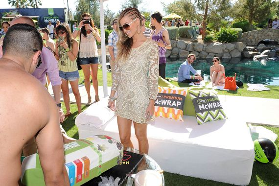 Carmen-Electra-Pool-Party