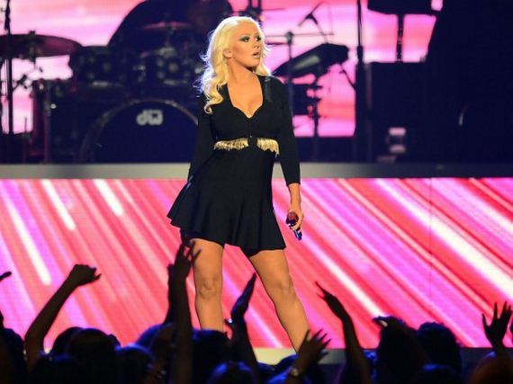 Christina-Aguilera---2013-Billboard-Music