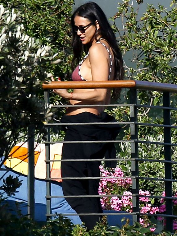 Demi-Moore-in-a-Bikini-Top-in-Malibu