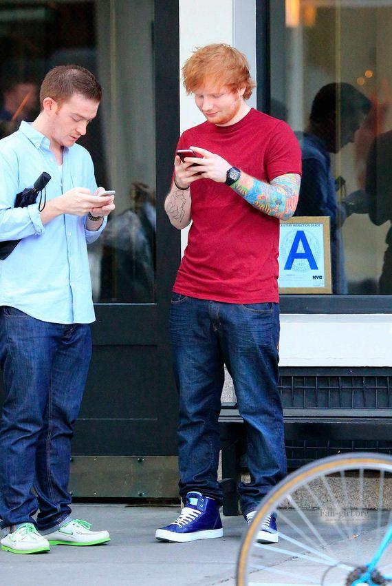Ed-Sheeran-Faceplant