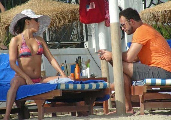 Eva-Longoria-bikini-in-Marbella