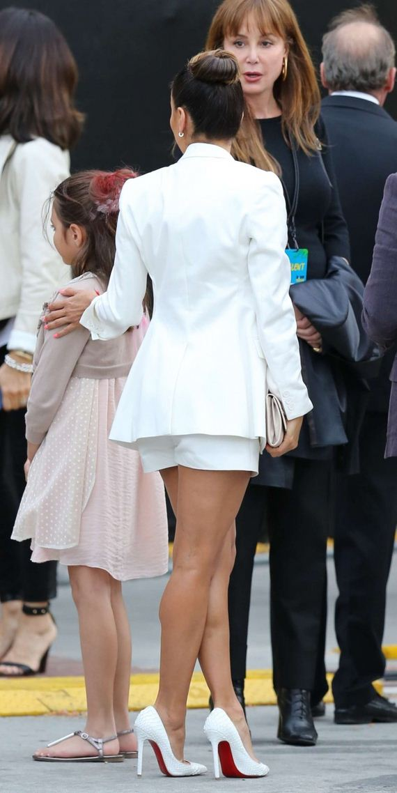 Eva-Longoria-in-White-Shorts