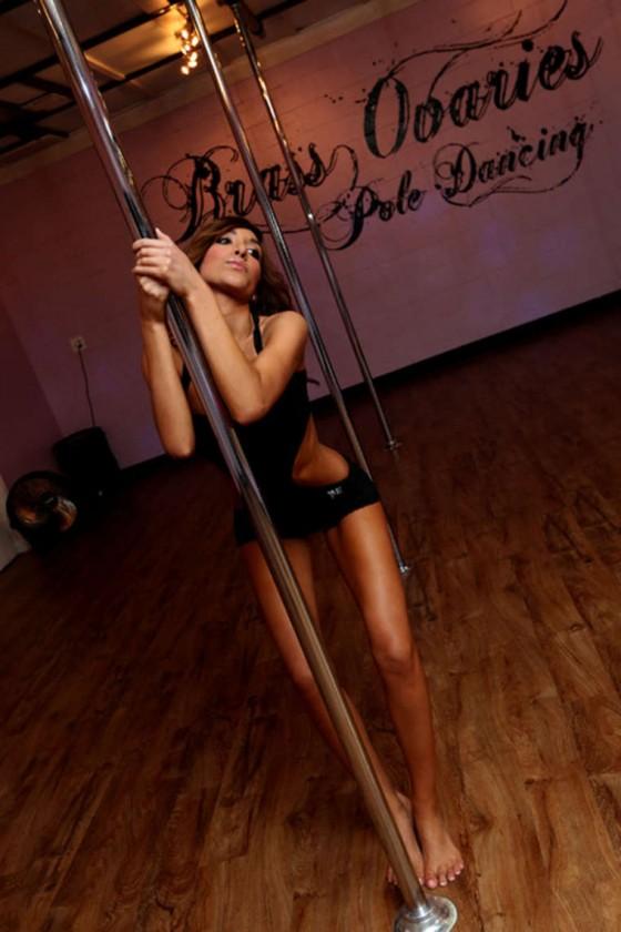 Farrah-Abraham---Stripper-Pole-Workout