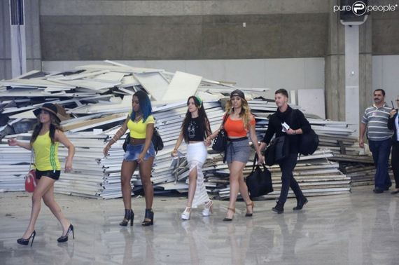 Fifth-Harmony-at-Airport-Galeao