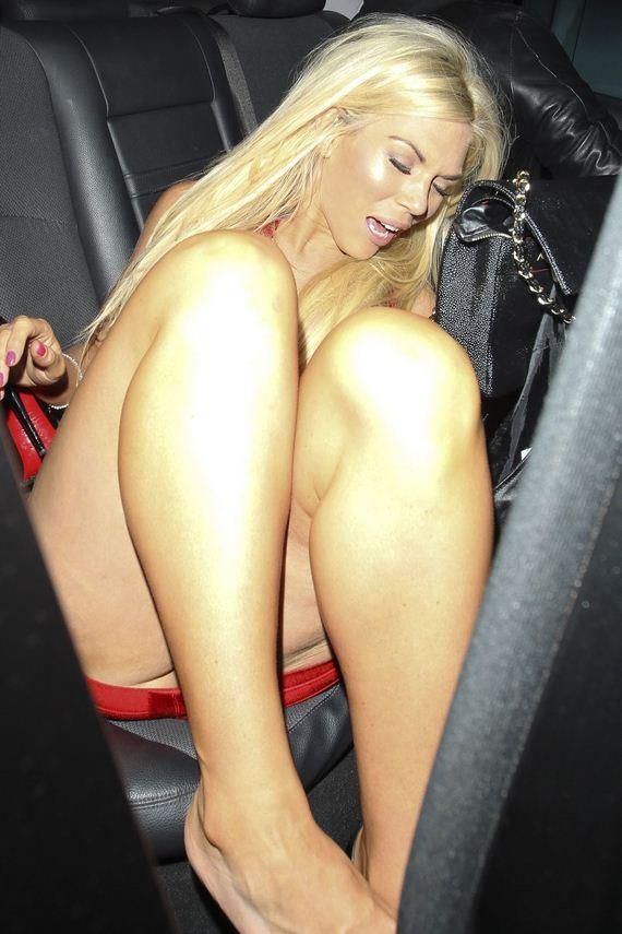 Frankie-Essex-cleavage