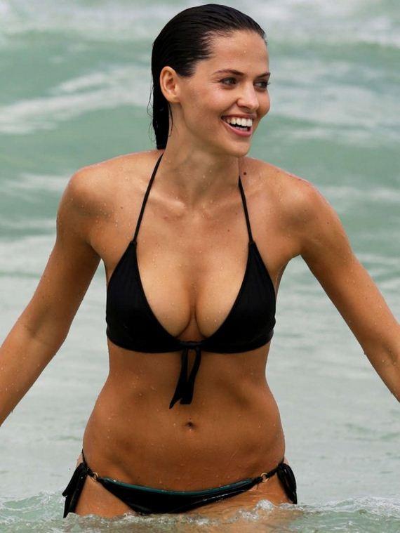 Hana-Nitsche-in-a-Black-Bikini