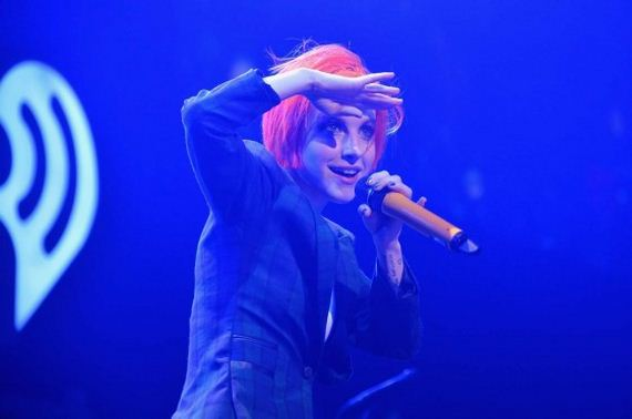 Hayley-Williams -Q102s-Jingle-Ball