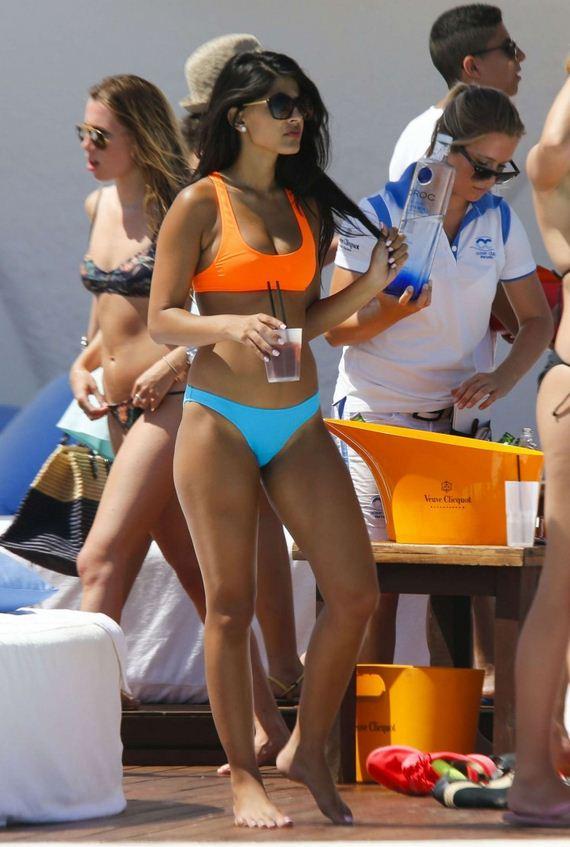 Jasmin-Walia-Bikini