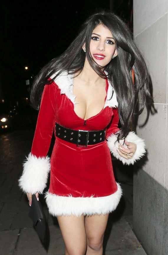Jasmin-Walia-in-a-Santa