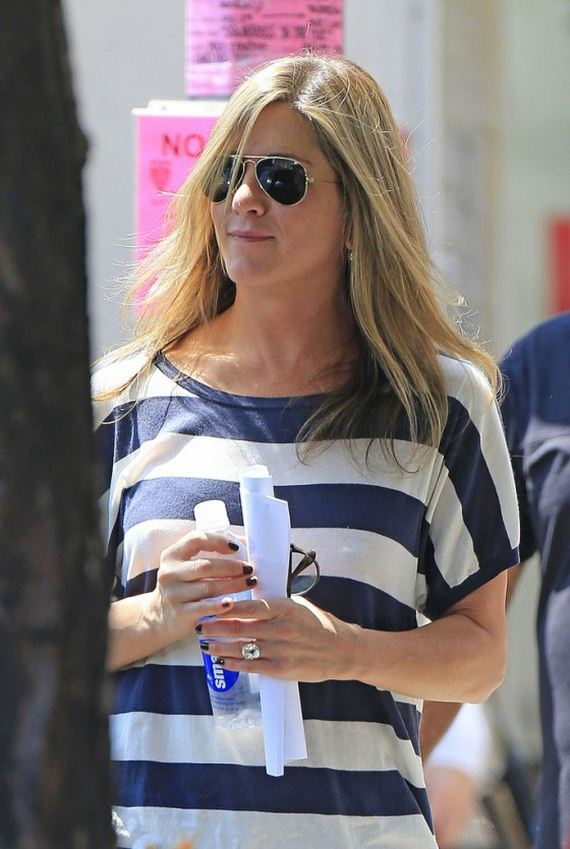 Jennifer-Aniston---Squirrels-to-the-Nuts-set-in-NYC
