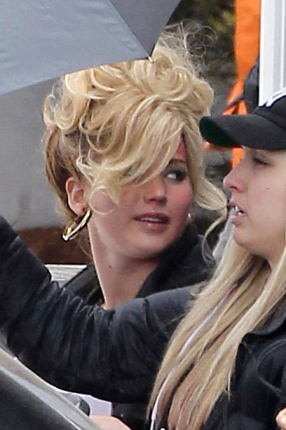 Jennifer-Lawrence-David-O-Russell-Abscam-Project-set-photos