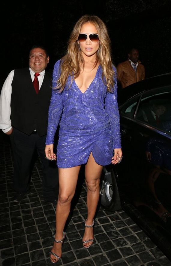 Jennifer-Lopez-at-Cecconi-in-West-Hollywood