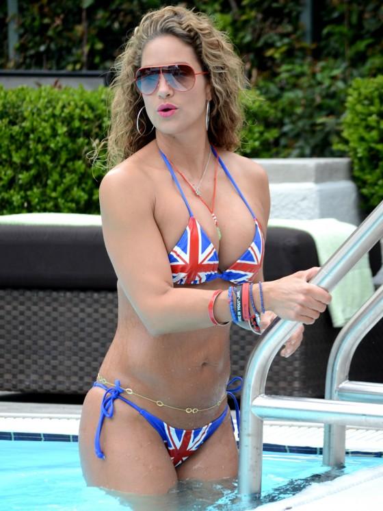 Jennifer-Nicole-Lee-in-a-British-Flag-Bikini