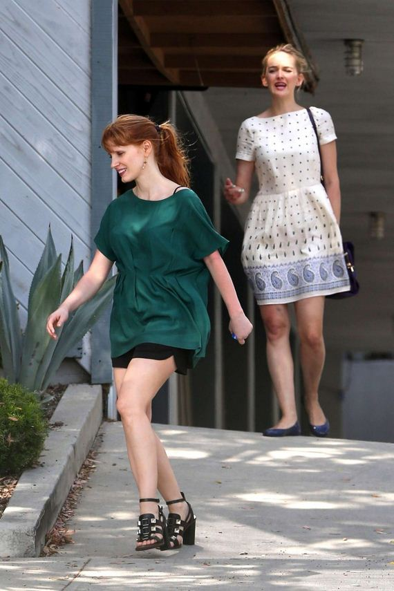 Jessica-Chastain-in-Shorts