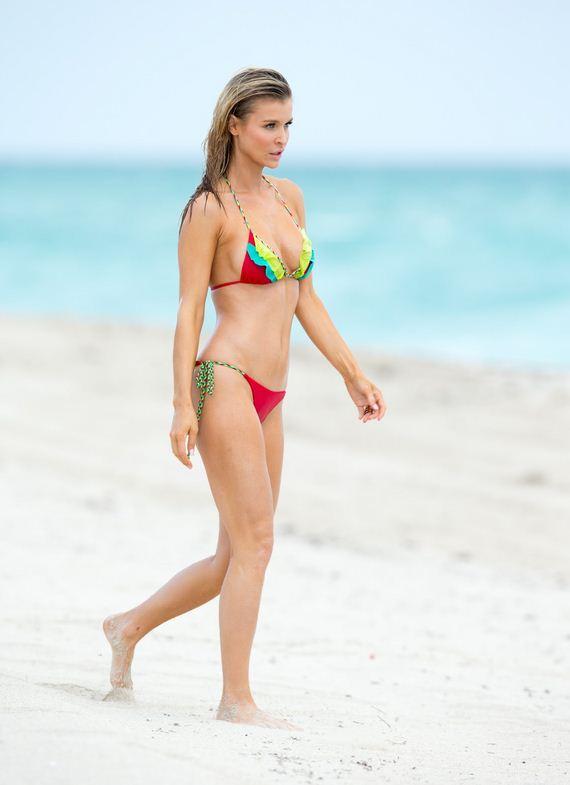 JoannaKrupa-bikini
