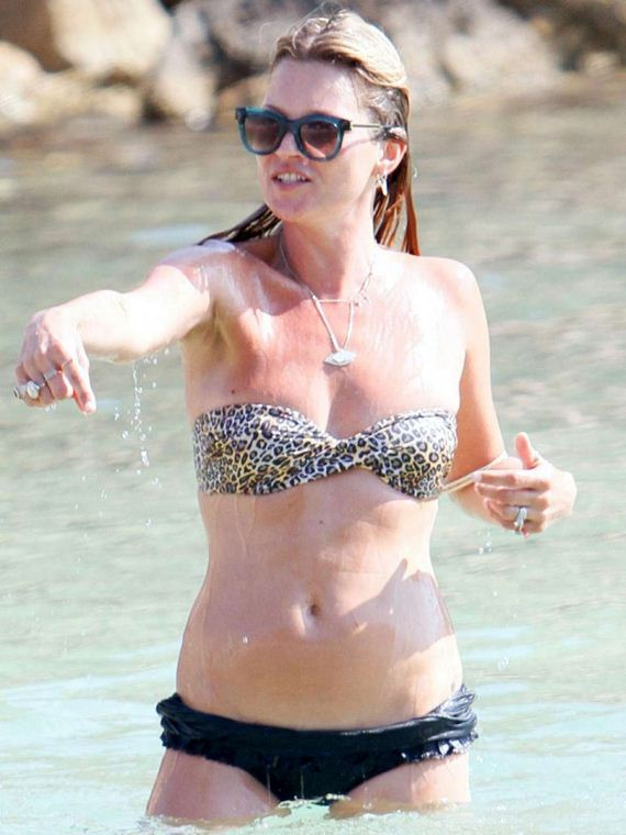 Kate-Moss-Bikini-Photos