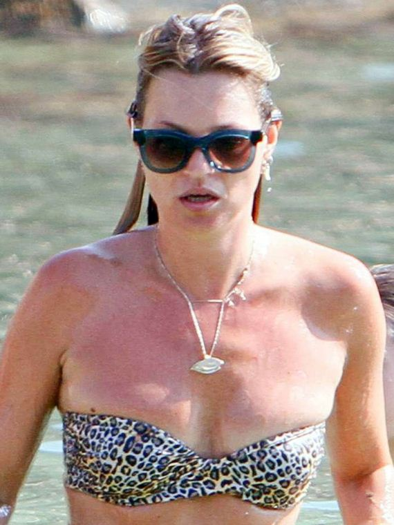 Kate-Moss-Bikini-Photos