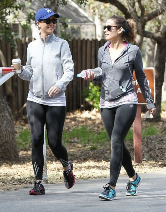 Katy-Perry-out-for-a-jog-