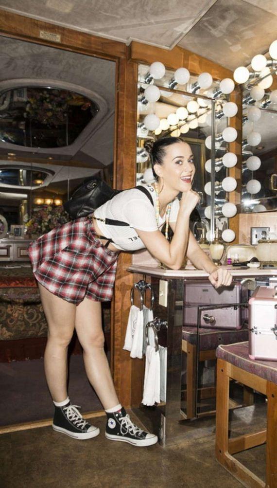 Katy-Perry-visiting-Dollywood