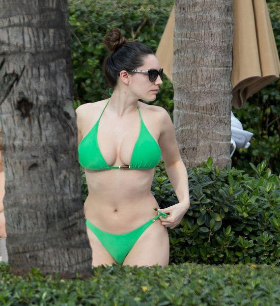 Kelly-Brook-Bikini