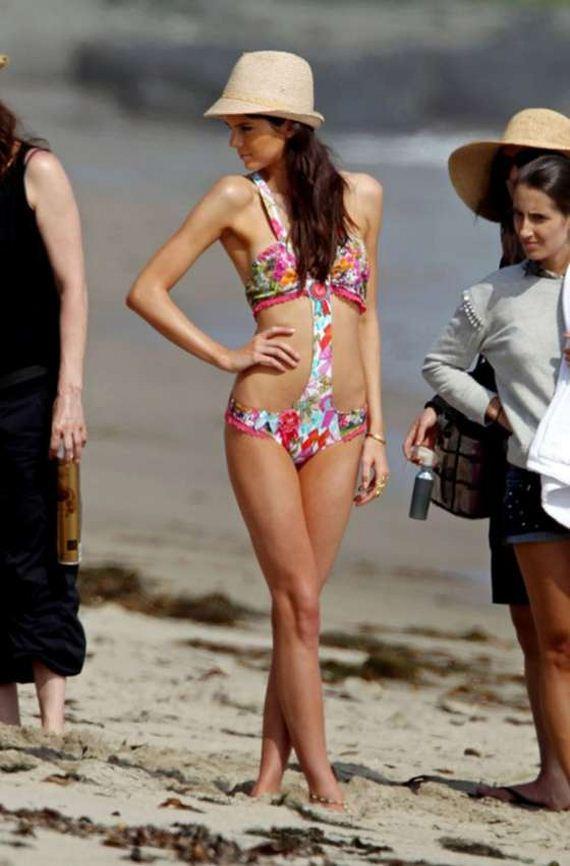 Kendall-Jenner-at-a-Bikini-Photoshoot