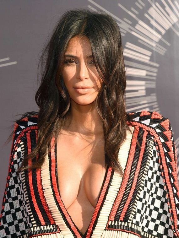 Kim-Kardashian -2014-MTV-Video