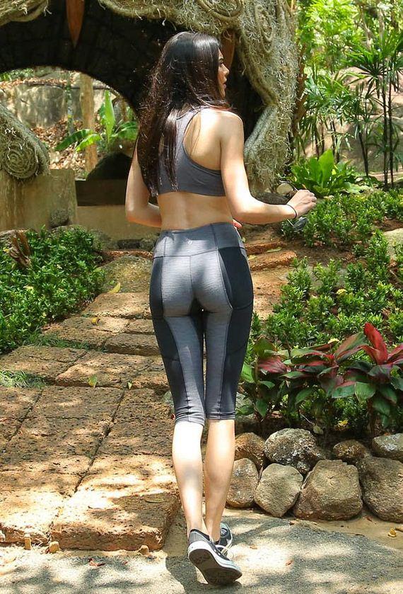 Kim-Kardashian-Thailand