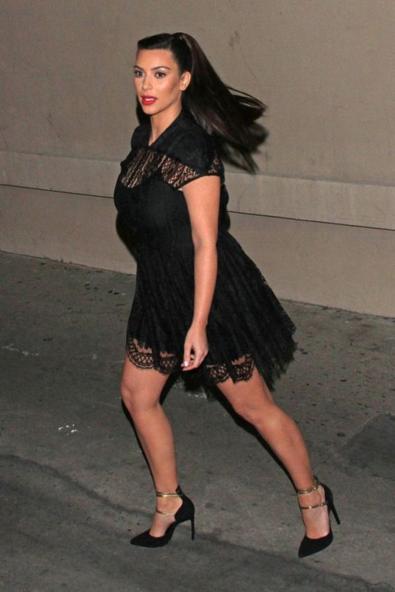 Kim-and-Kourtney-Kardashian-greet-fans-in-Los-Angeles