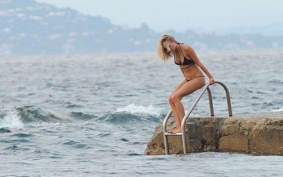 Kimberley-Garner-Bikini