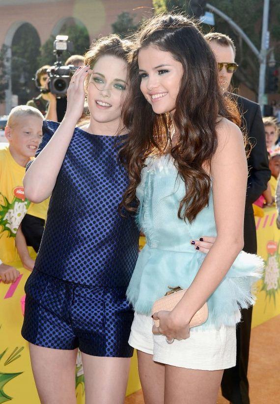 Kristen-Stewart-2013-Kids-Choice-Awards