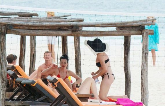 Krysten-Ritter-Bikini-Photos