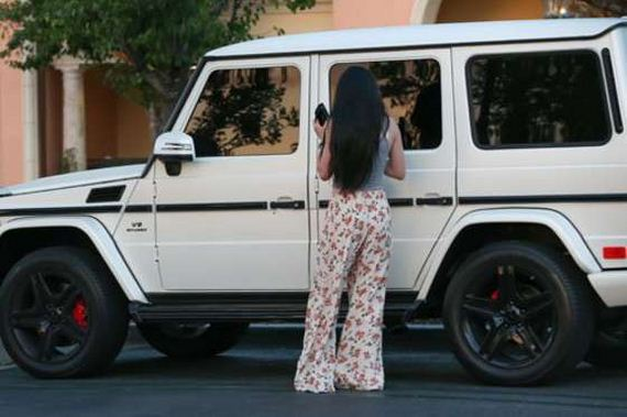 Kylie-Jenner---out
