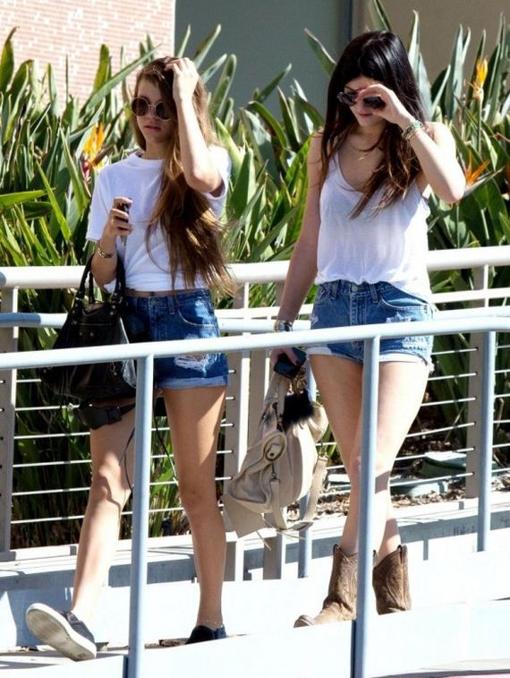 Kylie-Jenner-hot-in-shorts