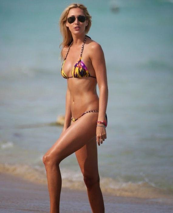 Lauren-Stoner-in-a-Yellow-and-Purple-Bikini