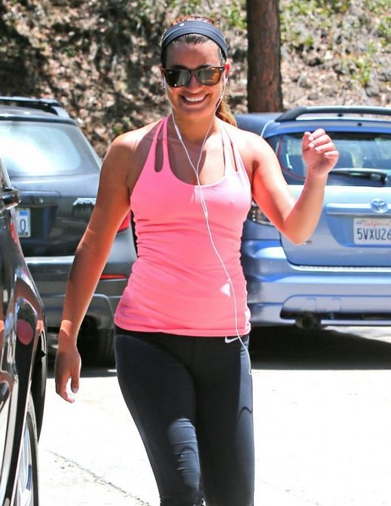 Lea-Michele-at-Earth-Bar-in-West