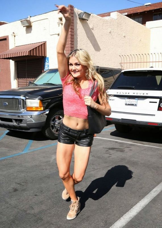 Lindsay-Arnold-12