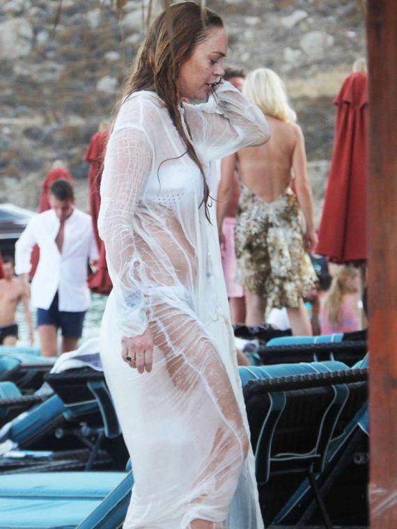 Lindsay-Lohan-White