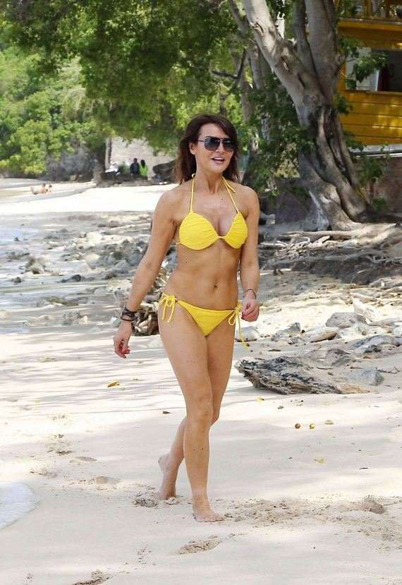 Lizzie-Cundy-Bikini-Photos